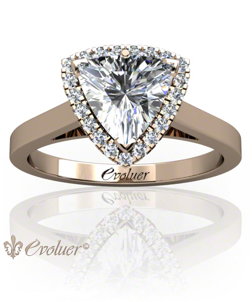 Solitaire Engagement Ring Trilliant Diamond Halo 4 Prongs Converge Rose-Gold Square Shape Band Plain